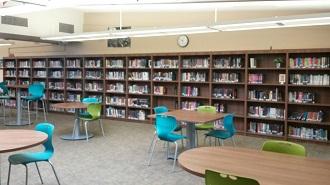 Bookshelves and desks in Utt Library